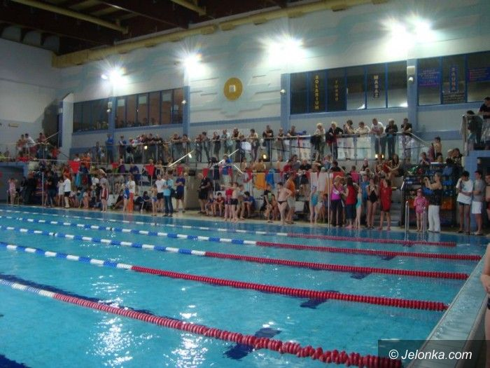 Jelenia Góra: Frekwencja dopisała, blisko 330 pływaków na starcie
