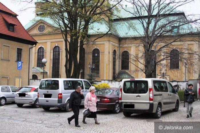 Jelenia Góra: Dojazd do Kościoła zamknięty. Wierni są oburzeni