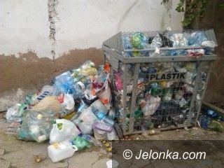 Jelenia Góra: Czytelniczka: Tak ma wyglądać segregacja?