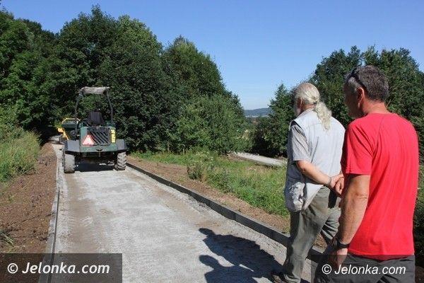 Jelenia Góra: Wkrótce otwarcie trasy nartorolkowej w Sobieszowie