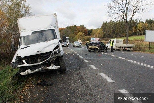 Jelenia Góra: Zderzenie trzech aut na trasie do Zgorzelca