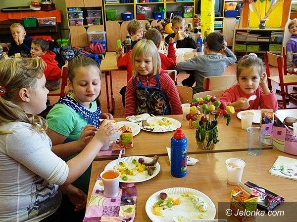 """Jelenia Góra: W """"Piętnastce"""" dzieci wiedzą, co jest zdrowe"""