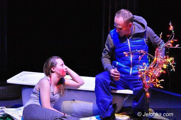 """Jelenia Góra: Na weekend w teatrze """"Autobus"""" i TEATsYKI"""