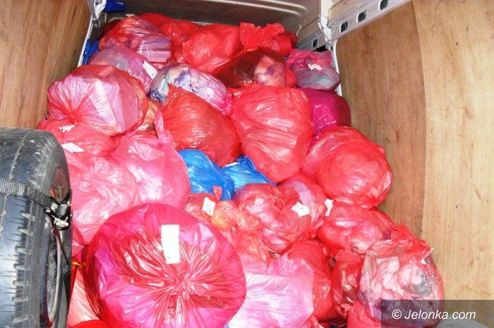 Jelenia Góra: Mieszkańcy: odpady medyczne pod naszymi oknami