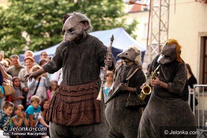 Jelenia Góra: Finisz Festiwalu Teatrów Ulicznych