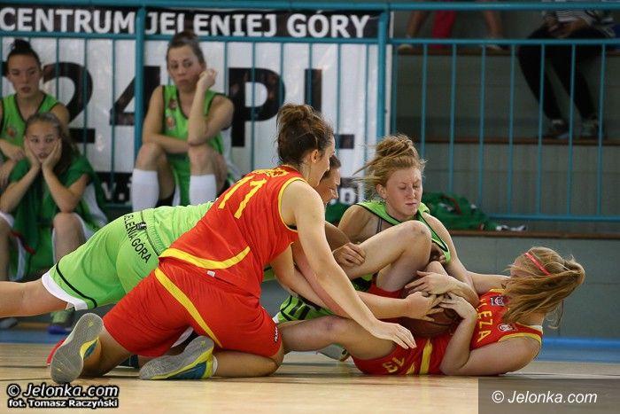 Jelenia  Góra: Pierwszy sparing koszykarek na plus