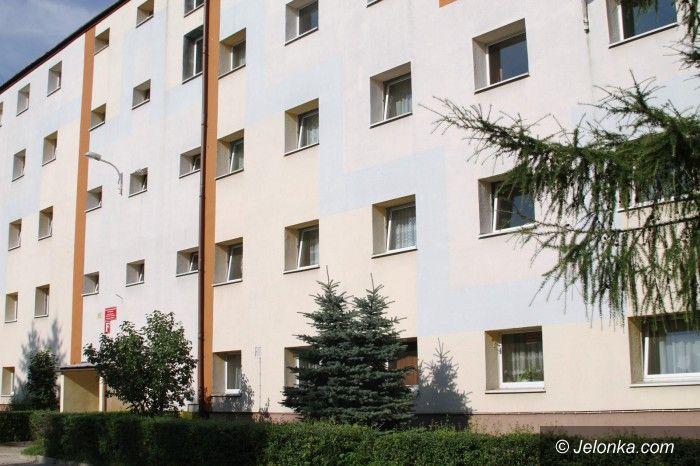 Jelenia Góra: Miasto wynegocjowało budynek socjalny
