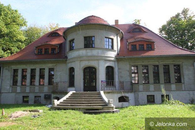 Jelenia Góra: Historia cieplickiego ratusza