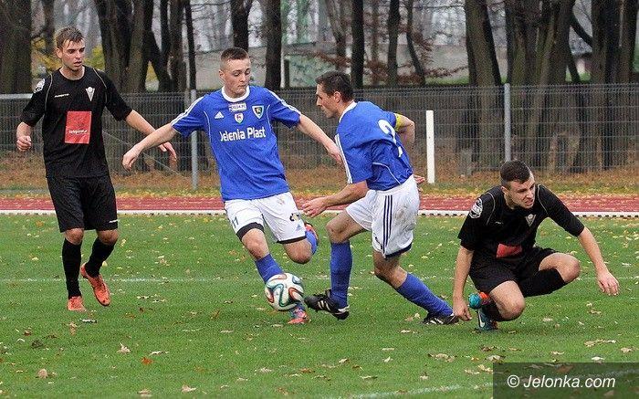 Oława: III–liga: Cenne zwycięstwo Karkonoszy