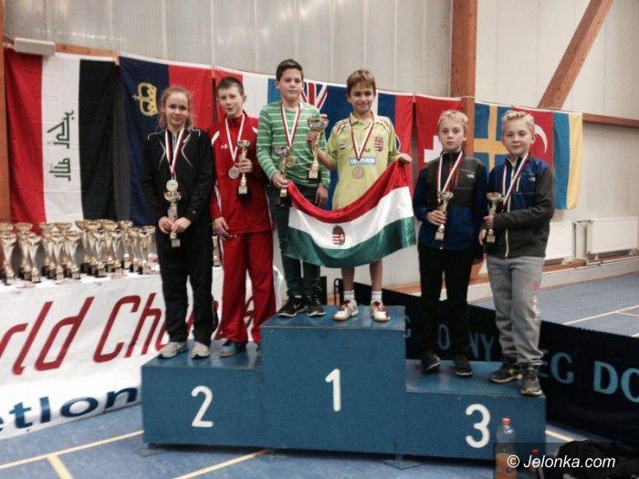 Wrocław: Cztery medale jeleniogórskich badmintonistów podczas MŚ