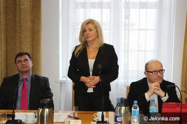 Powiat: Anna Konieczyńska jeleniogórskim starostą