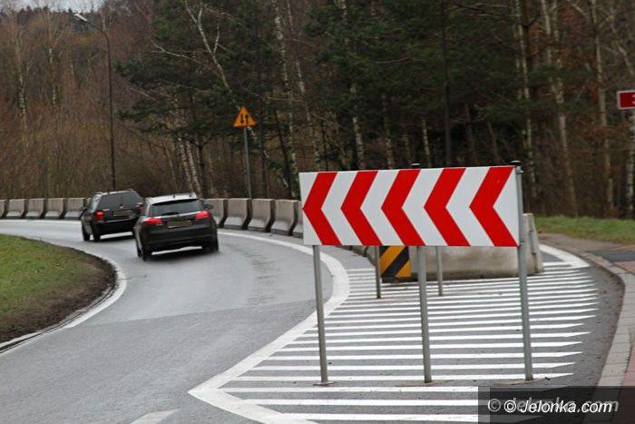 Jelenia Góra: Pomalują sprayem drogę rowerową?