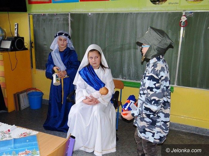 Jelenia Góra: Świątecznie i nastrojowo w Sobieszowie