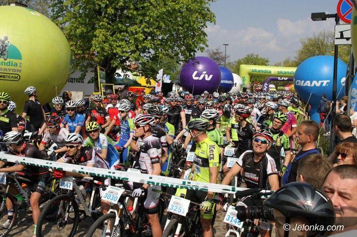 Warszawa: Imponująca inauguracja Skandia Maraton Lang Team 2015