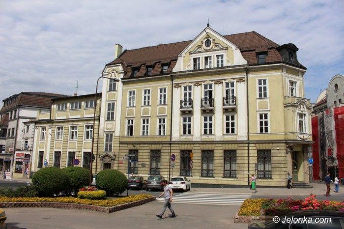 Jelenia Góra: Czytelnik zgłasza problem, sąd odpowiada