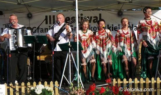 Region: Śpiew, taniec i ludowa zabawa w Gruszkowie