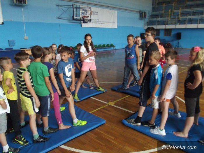 Jelenia Góra: Półkolonie na sportowo z MOS–em