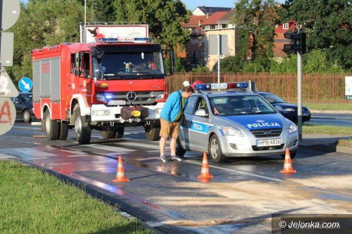 Jelenia Góra: Kolizja z udziałem czterech aut, w tym cystern