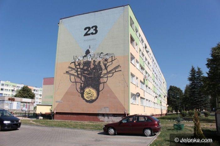Jelenia Góra: Mural na Karłowicza gotowy