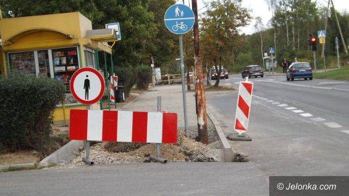 Jelenia Góra: Przebudowa ścieżki rowerowej przedłuża się