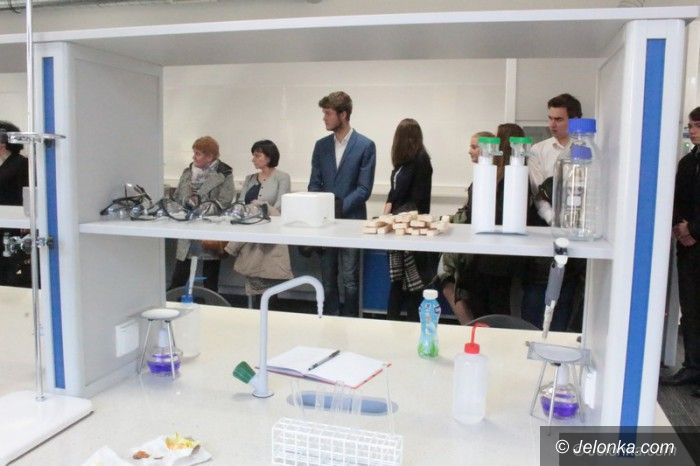 Jelenia Góra: Nowe laboratorium na KPSW
