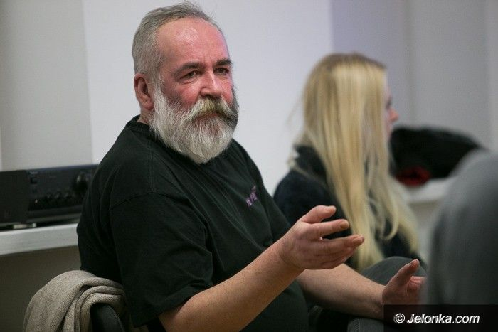 Jelenia Góra: Pustka w BWA na spotkaniu ze znanym twórcą
