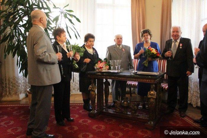 Jelenia Góra: Medale za długoletnie pożycie małżeńskie wręczone