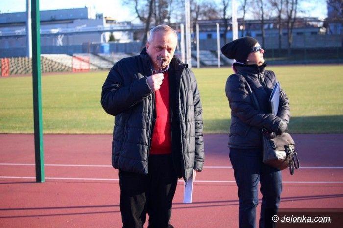 """Jelenia Góra: Afera stadionowa: """"winny wykonawca"""""""