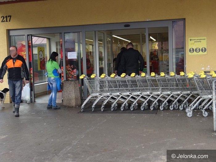 Jelenia Góra: Zuchwała kradzież bankomatu w Sobieszowie