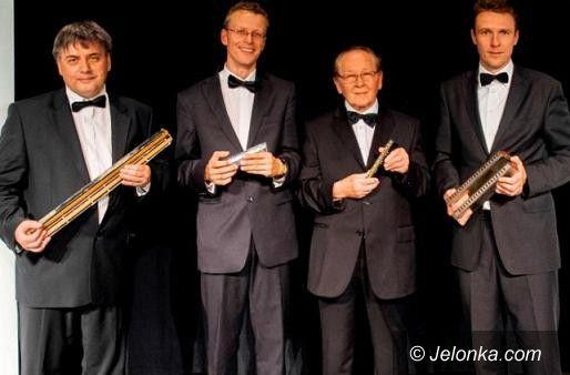 Jelenia Góra: Magiczne brzmienie harmonijki w filharmonii
