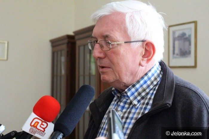 Jelenia Góra: Rektor KPSW  Marian Ursel zostaje