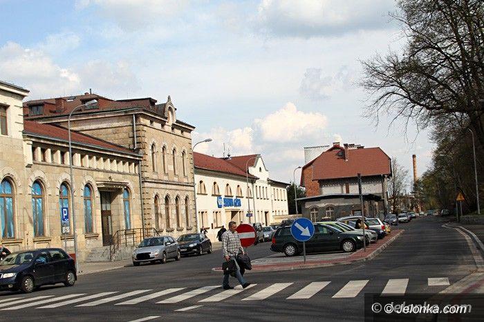 Jelenia Góra: Duży parking przy Dworcu PKP już nie wirtualny