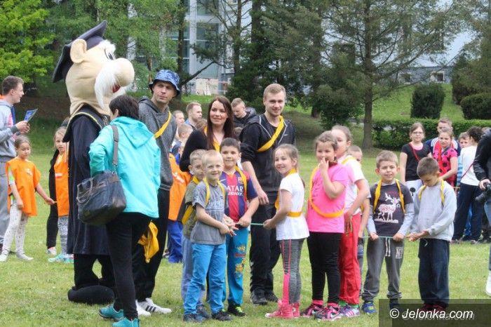 Jelenia Góra: Dzieci bawiły się na zaproszenie uczelni