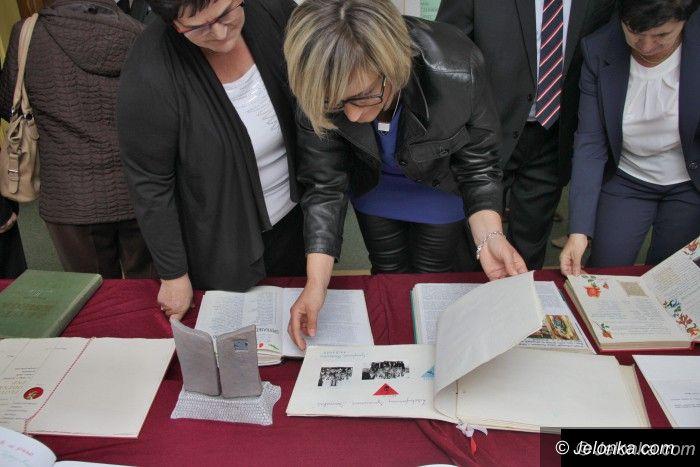 Region: Podwójna uroczystość szkoły w Siedlęcinie