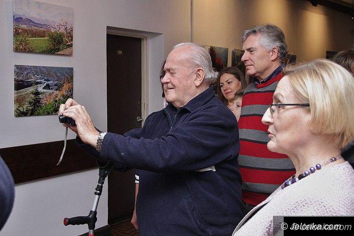 """Jelenia Góra: """"Świat Jest Kolorowy"""" – FotoGRAFIKI Marka Rawskiego"""