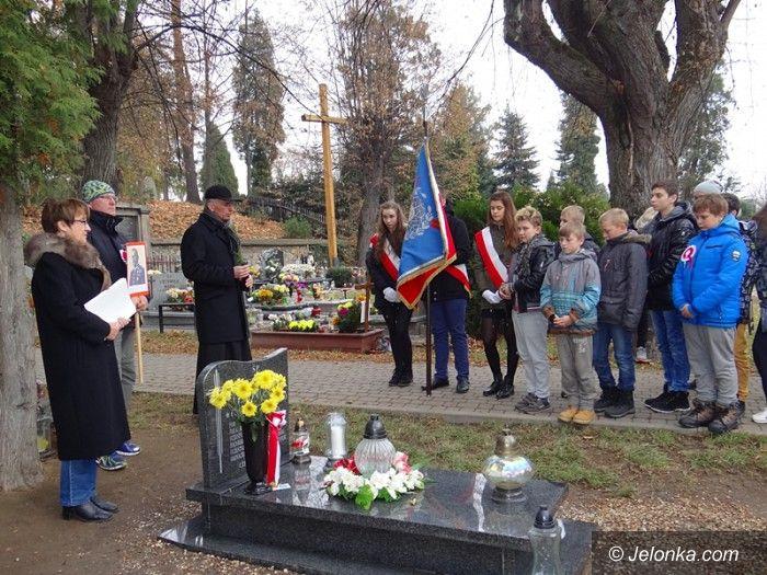 Jelenia Góra: Uroczystość przy grobie legionisty E. J. Głowacza