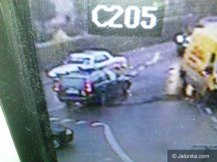 Jelenia Góra: Poszukiwani świadkowie zdarzenia drogowego