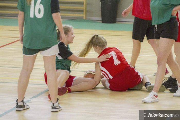 Jelenia Góra: Koszykówka dziewcząt – walczyły szkoły średnie
