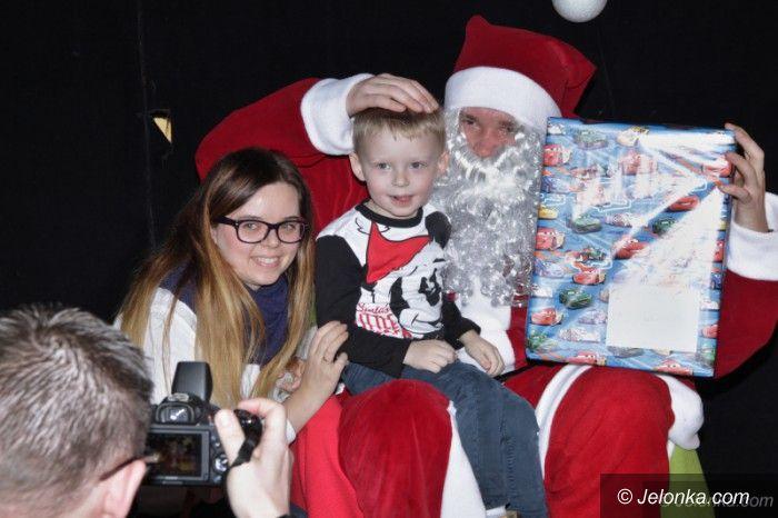 Jelenia Góra: HO HO HO! Mikołaj odwiedził dzieci w ODK