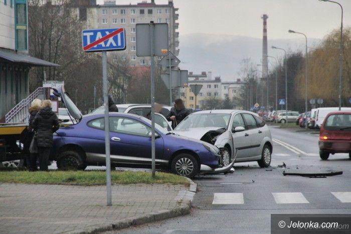 Jelenia Góra: Zderzenie aut na jeleniogórskim Zabobrzu