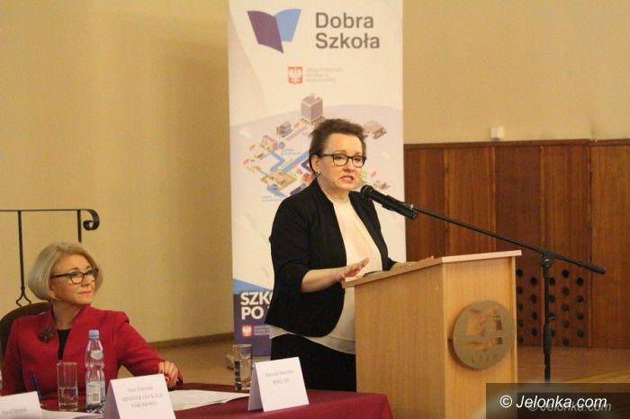 Jelenia Góra: Minister Zalewska: Jelenia Góra zyska na reformie