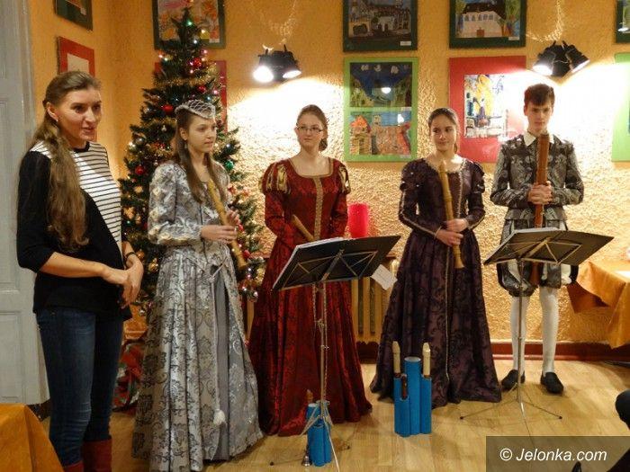 Jelenia Góra: Świątecznie i nastrojowo w MDK