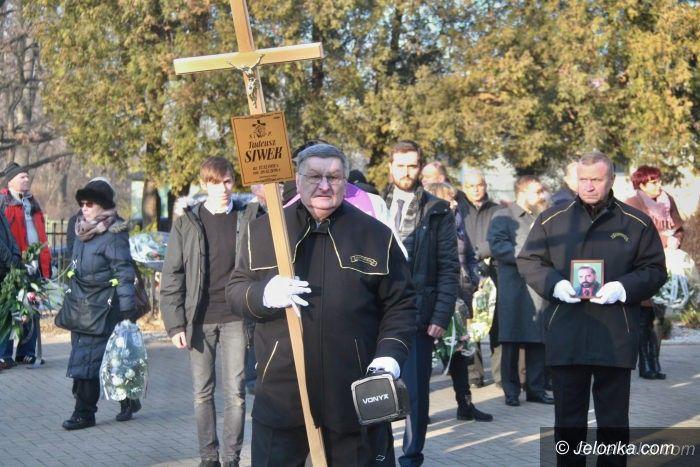 Jelenia Góra: Najbliżsi, przyjaciele i znajomi pożegnali Tadeusza Siwka