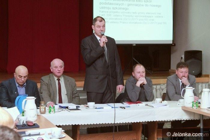 Piechowice: W Piechowicach debatowali o przyszłości szkół