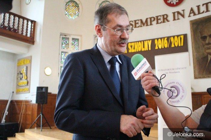 Jelenia Góra: Kurator podsumował działania ws. reformy oświaty