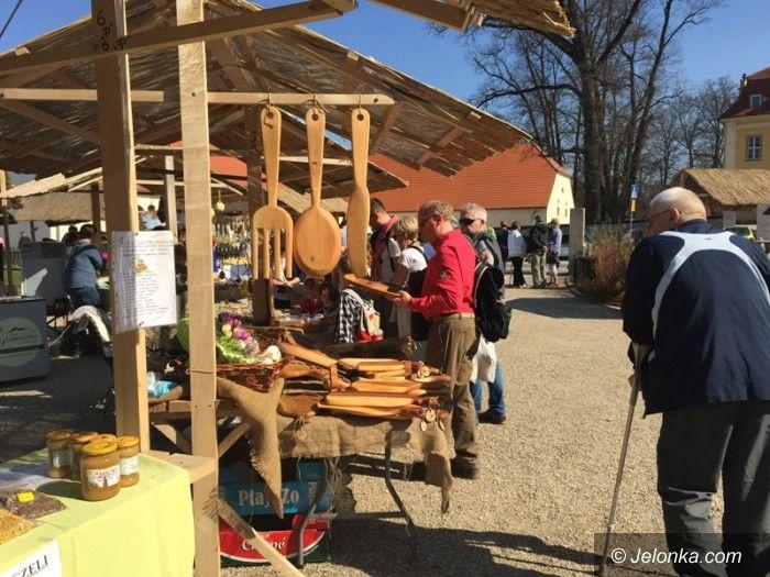 Region: Trwa kiermasz wielkanocny w Łomnicy