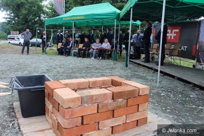 Podgórzyn: Budowa szkoły oficjalnie rozpoczęta