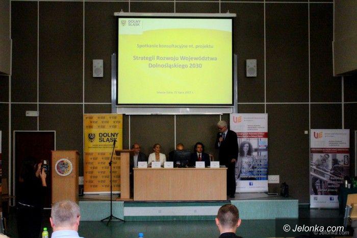 Jelenia Góra: Konsultacje ws. strategii województwa