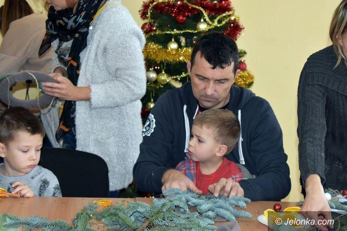 Jelenia Góra: Świąteczne warsztaty rodzinne w ODK