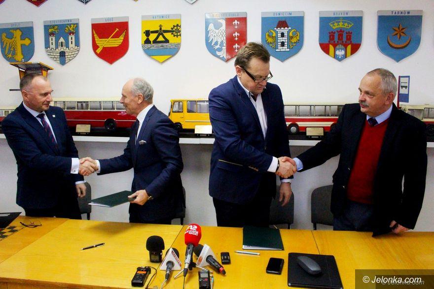 Jelenia Góra: Umowa na nowe autobusy podpisana